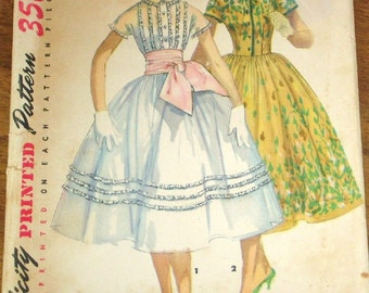Simplicity 1517 Fit Flare Dress, Full Skirt, Sash, Button Bodice, Women's Misses Vintage 1950s Easy Sewing Pattern Bust 34 Part Cut Complete