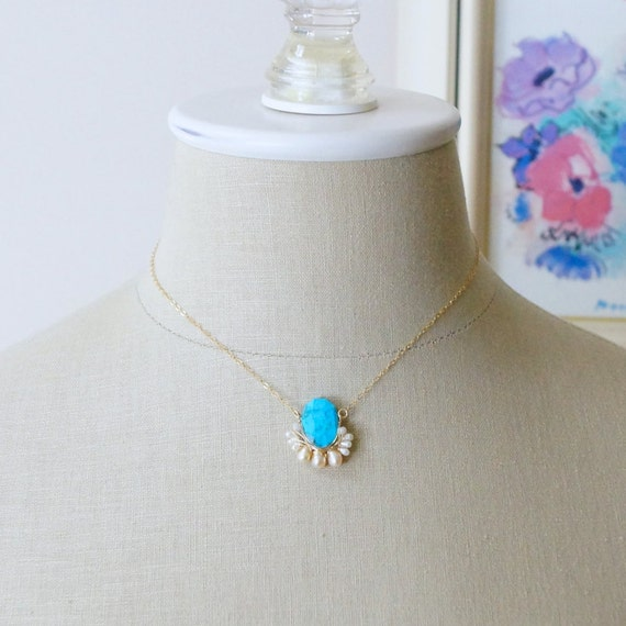 Turquoise cluster pendant necklace - Turquoise & freshwater pearl wire wrapped necklace  - 14k gold filled