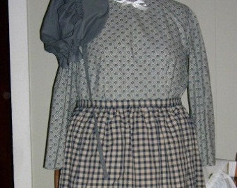 Lady's pioneer dress/apron/bonnet  -  Plus size