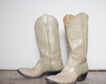 8 D | Men's Custom Made Patchwork Ostrich Western Boots in a Cream Color