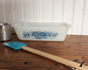 Vintage Glasbake Jeanette Glass Blue Onion Loaf Pan / Blue and White Glass Baking Dish