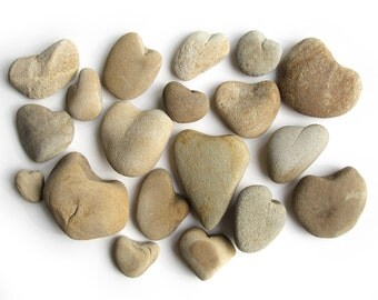 19 Heart Shaped Pebbles -Natural Raw River Stones - Valentines Day, Wedding Decorasion