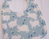 SWEET NATURALS/Organic Line/Baby Bib/Infant--18 mo./Little Lamb in Mint/Organic Fleece Back