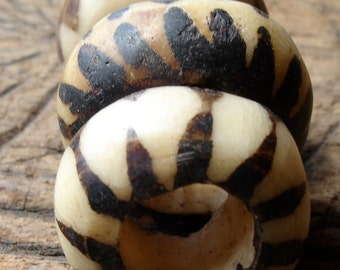 Mauritani African hand made black and white large hollow bead with stripes