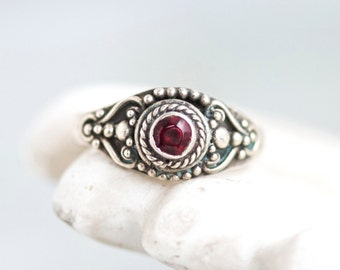 Gothic Boho Ring - Dark Sterling Silver ring With Purple Stone - Size 7.5