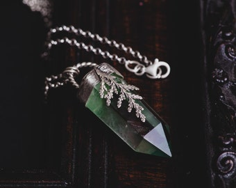 Fluorite Point Necklace-Sterling Silver Green Crystal Point Pendant-Talisman Necklace-Bohemian Jewellery-Healing Crystal Pendant