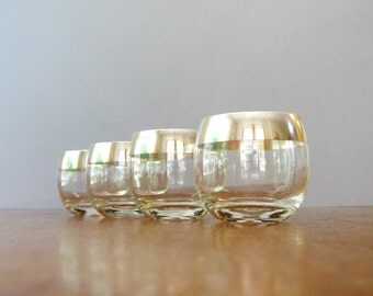 Four Vintage Dorothy Thorpe Silver Band Roly Poly Glasses