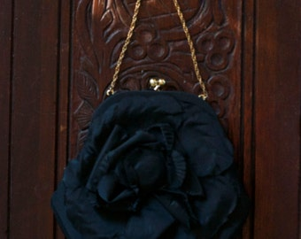 Graceline Master evening bag with gold chain