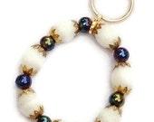 Key Chain Bracelet / Lanyard Bracelet / Elastic Stretch Bracelet / Handmade Bracelet / Glass Bead Bracelet / Key Holder Bracelet /