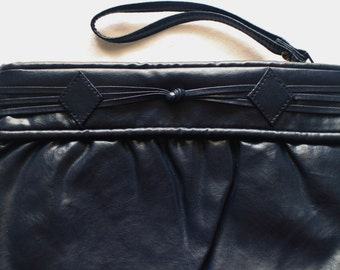 Vintage 80's Navy Blue Clutch Purse - Blue Purse - Blue Handbag - Faux Leather - World Fashion Right