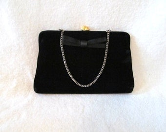 Vintage '50s Handbag Black Velvet Clutch Formal Purse Evening Bag Bow Detail & Gorgeous Flower Shaped Rhinestone Goldtone Metal Clasp