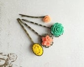 Hairpin set in coral, yellow and mint green