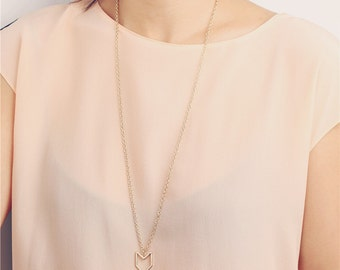 Delicate simple everyday long gold / grey chevron necklace