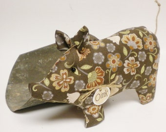Primitive Pig - Made To Order, Fabric Pigs, Fall Decor