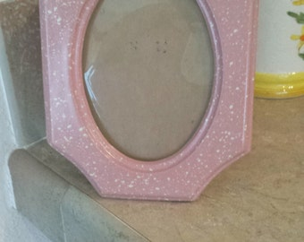 ceramic picture frame oval middle with stylish border  pretty speckled white with  rosie pink.