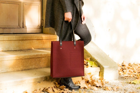 40% OFF - Felt TOTE BAG with leather straps / wool felt / maroon felt / burgundy bag / felt bag / wool felt bag / handmade / made in Italy
