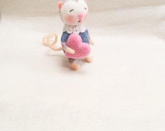 Needle felted mouse-Felt mouse- Felted miniature -Felt Doll-Felted animal-Miniature mouse-Toys for Blythe-Needle felted miniature-Mouse toy