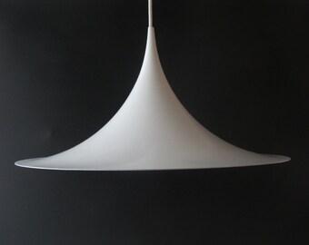 Fog Morup white pendant lamp SEMI, Claus Bonderup and Torsten Thorup, Fog Morup