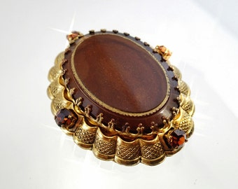 FREE Shipping Vintage West Germany Pressed Glass Amber Brown Rhinestones Brooch Pin Filigree Brass