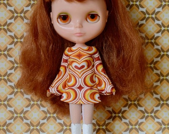 Bell sleeved orange hearts retro mod style dress for Blythe Pullip Dal licca and similar dolls