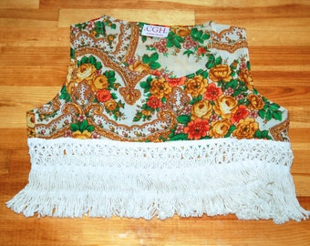 Lovely Western Boho Floral Rose Hippie Woven Crochet Fringe Crop Top Blouse // Women's Small S XS