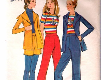 """Vintage 1970's Butterick 6507 Jacket with Sailor Collar , Pants, Shorts & Top Sewing Pattern Size 8 Bust 31 1/2"""""""