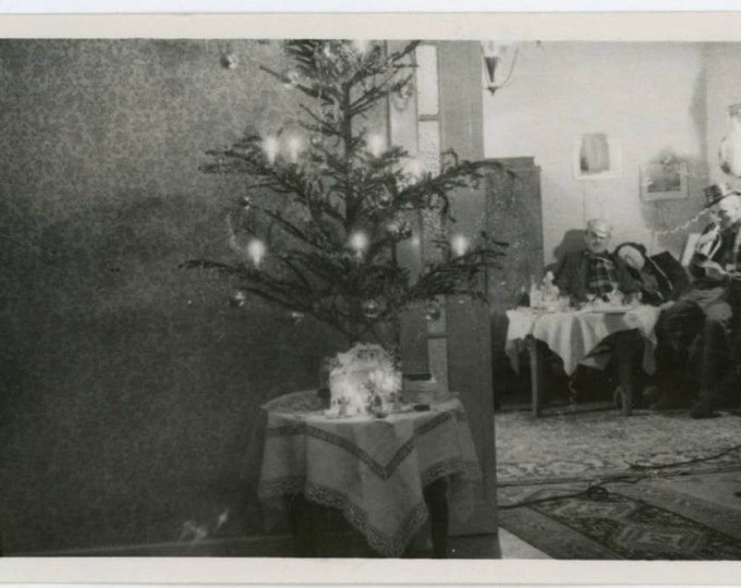 Slender Xmas Tree, Nativity Scene, Revelers in Corner, 1950 Vintage Snapshot Photo (62451)