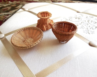 Vintage 70s Hand Woven Miniature Baskets Hand Crafted in Thailand