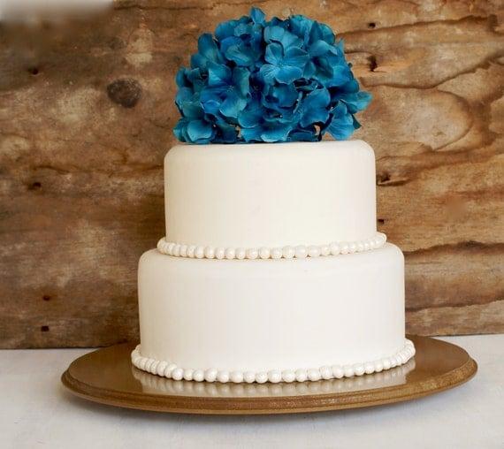 14 inch cake