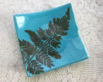 Fused Glass Fern Dish, Reactive Art Glass Dish, Nature Inspired Fern Leaf Glass Plate