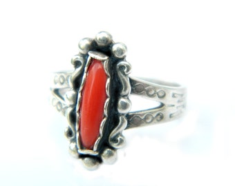 Fred Harvey Navajo Ring Red Coral 925 Sterling Southwestern Petite Child Or Adult Pinky Ring Vintage Jewelry Size 4 Mystery Mark