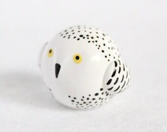 Chubby Snowy Owl Totem - Polymer Clay Totem Animal - Snowy Owl Figurine - Miniature Owl - Owl Sculpture - Spirit Animal - Fat Totem
