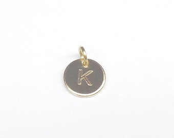 Personalized engraved pendant letter 333 / 8 k gold 8 mm