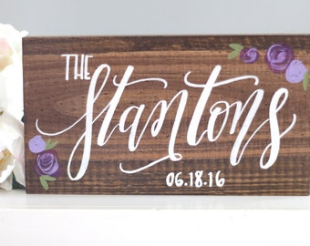 Family Name Sign with Flowers, Rustic Wedding Signs, Save the Date Sign, Photo Prop Sign, Wedding Gift, Rustic Home Wall Art | 10x5.5
