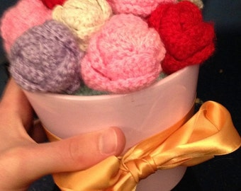 Crochet Flower Bouquet  - Made to order / choose your design