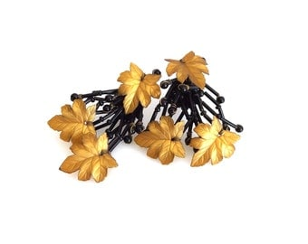 Golden Brown Maple Leaf Black Glass Bead Branches Large Clip On Earrings - Collectible Jewellery - Vintage Plastic Earrings 10