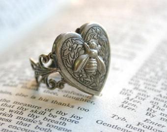 Bee Locket Ring Antique Silver Queen Bee Hidden Message Ring Bumble Bee