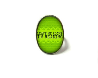 Green Leave I'm Reading Book Ring, Quote Jewelry, Book Page Jewelry, Bookworm Ring, Nerdy Book Jewelry, Book Page Ring, Book Lover Jewelry