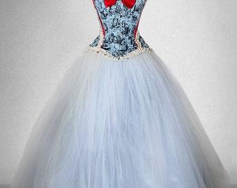 ALICE IN WONDERLAND wedding gown, wedding dress, with extremely wide crinoline skirt, victorian corset wedding