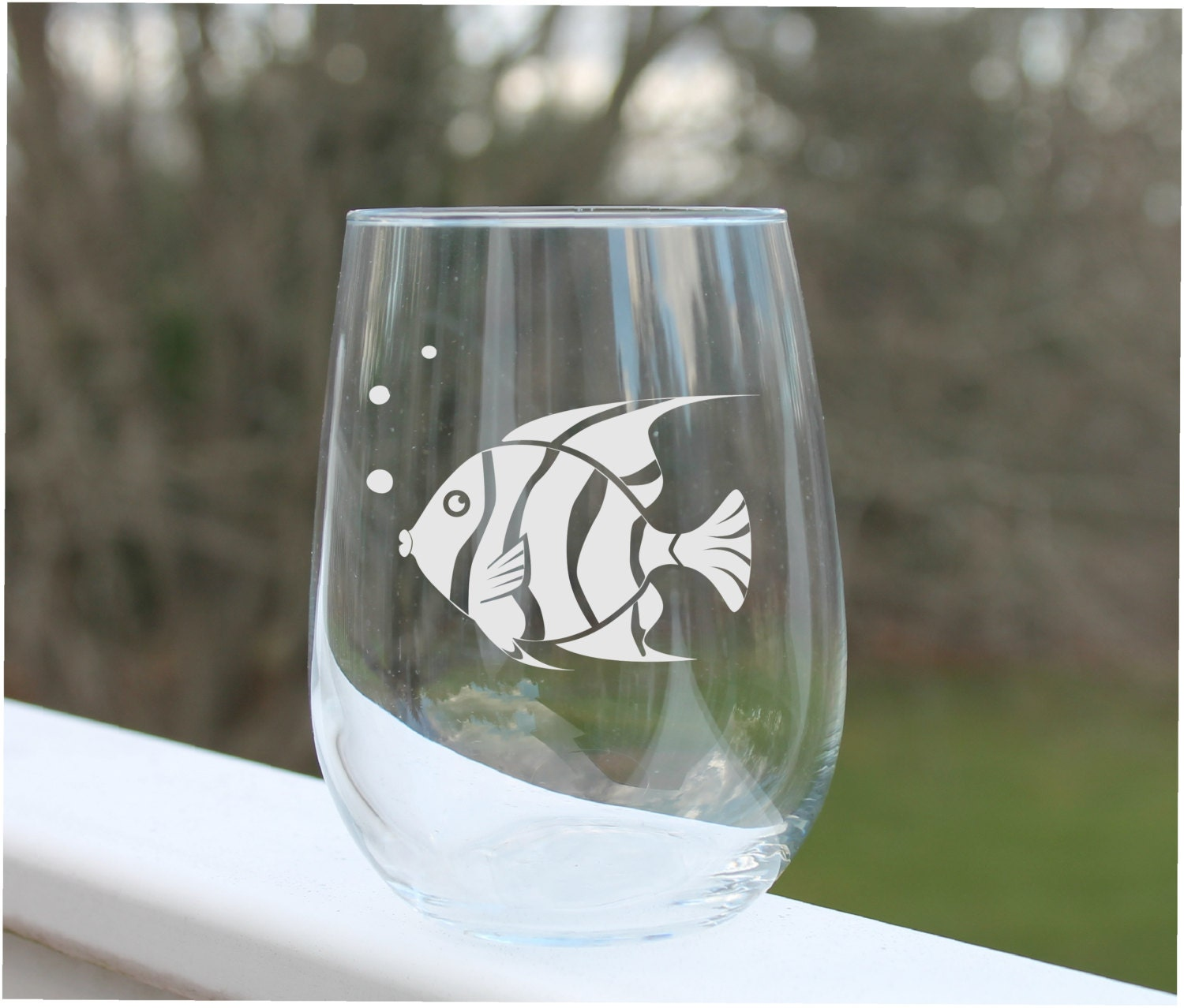 Wine glasses fish wine glass etched stemless wine glass for Wine with fish