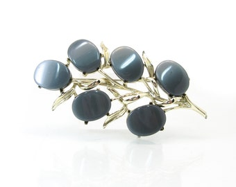 Vintage Thermoset Brooch, Thermoplastic, Grey, Gold Tone