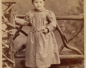Cabinet card- Well dressed child