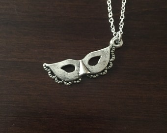 Mask Necklace, Mask Jewelry, Mask, Mask Pendant, Phantom of the Opera, Phantom of the Opera Jewelry, Jewellery, Silver Necklace, Necklace