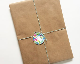 Add a gift tag to any order!