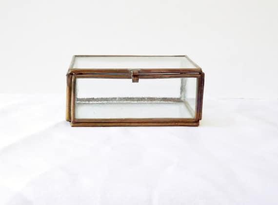 petite boite bijoux verre et m tal d coration vintage. Black Bedroom Furniture Sets. Home Design Ideas