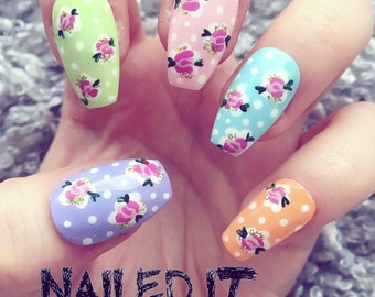 NAILED IT! Hand Painted False Nails - Vintage Floral