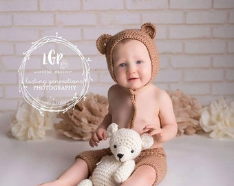 Handmade Crochet Teddy Bear / Photo Prop Amigurumi Vintage Style / Perfect Baby Shower Gift / under 50
