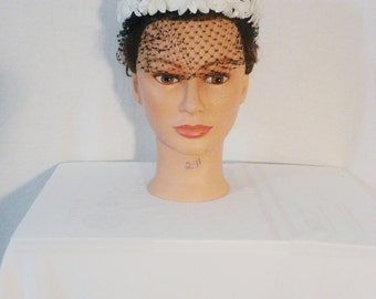 Vintage 50s Black & White Straw Hat with Veil Punk Rockabilly Chic Mid Century Glam