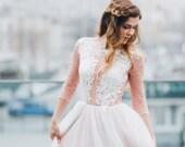 Blush wedding dress // Rosy Iris