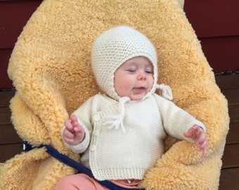 Knitted Baby Kimono, hand knitted baby cardigan, newborn baby cardigan, premie baby hand knitted cardigan, wool baby cardigan,clothing